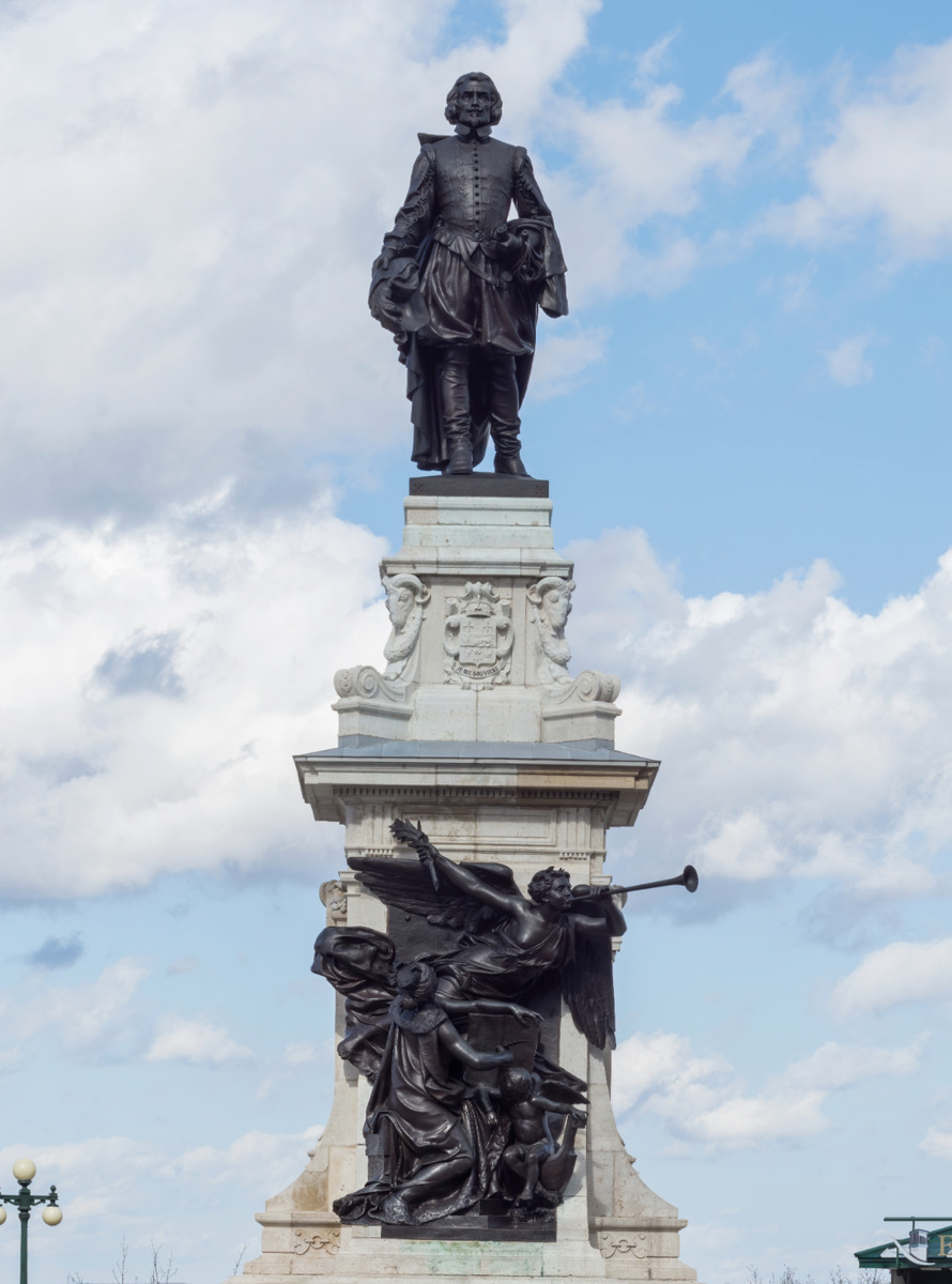 <p>This monument honours the founder of Quebec City, Samuel de Champlain. Its base is made of limestone that comes from the same quarry used for the construction of the Arc de Triomphe in Paris. Unlike most of these kinds of sculptures, we can see Champlain facing his work: Quebec City.</p>