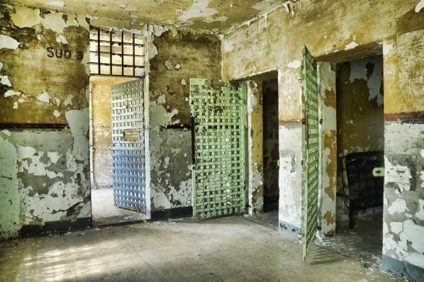 <p>Int&eacute;rieur de la prison Winter de nos jours. Les lieux sont abandonn&eacute;s. Un comit&eacute; souhaite redonner vie &agrave; cette prison.<br /><br />Source photo: Souvenirs de Sherbrooke et environs (Nath Doyon)</p>