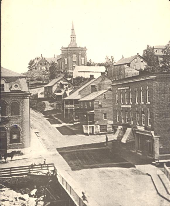 <p>La rue Dufferin, vue en direction Sud, vers la rue Marquette.<br /><br />Source photo: ETRC</p>