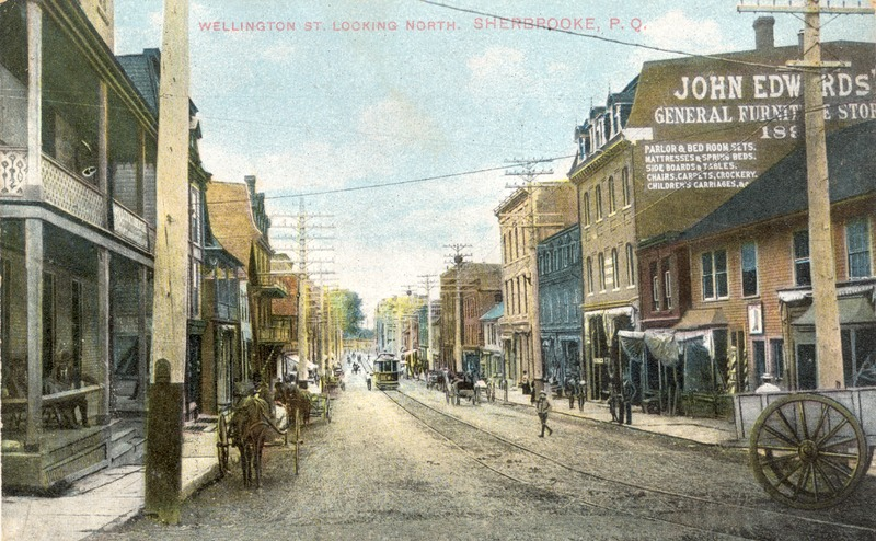 <p>La rue Wellington en direction Nord, vers 1907.<br /><br />Carte postale</p>