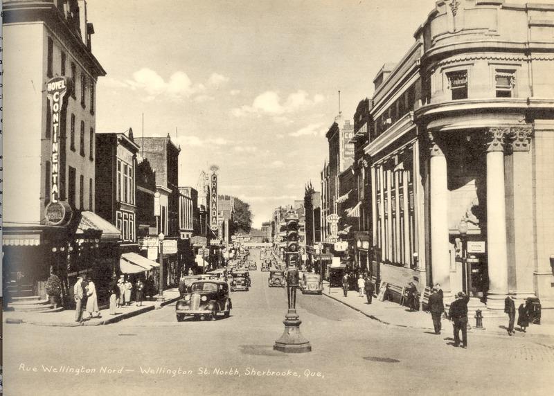 <p>Photo prise vers la fin des ann&eacute;es 40 &agrave; l&#39;angle des rues King et Wellington.<br /><br />Source: ETRC</p>