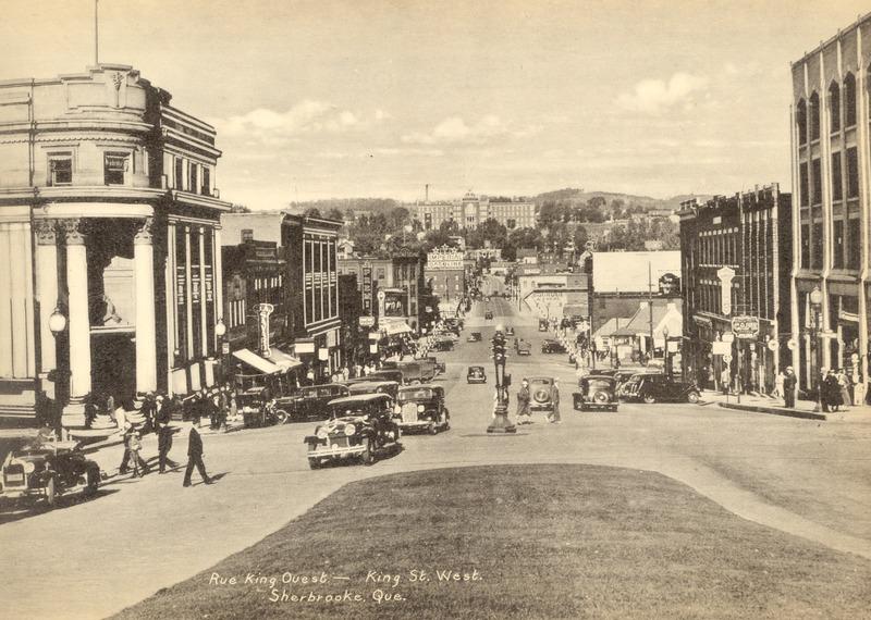<p>Rue King, dans les ann&eacute;es 1940 &agrave; 1950.<br /><br />Source photo: ETRC</p>
