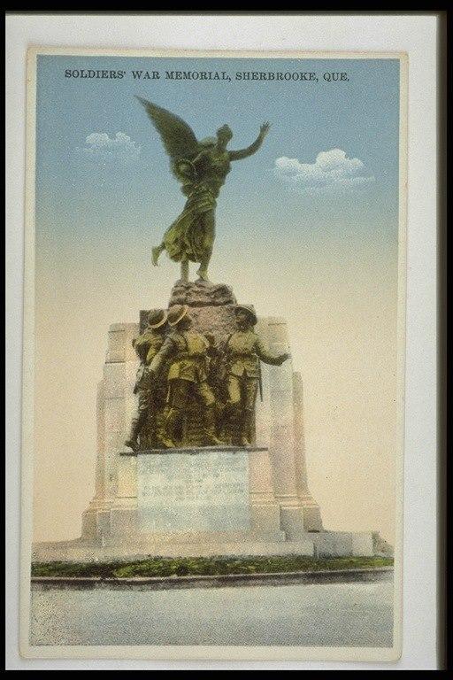 <p>Une des nombreuses cartes postales de ce monument embl&eacute;matique de Sherbrooke.</p>