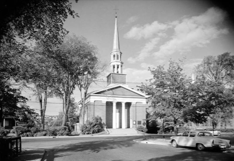 <p>La plus vieille &eacute;glise de Sherbrooke, toujours debout &agrave; l&#39;heure actuelle: la Plymouth Trinity Church.</p>