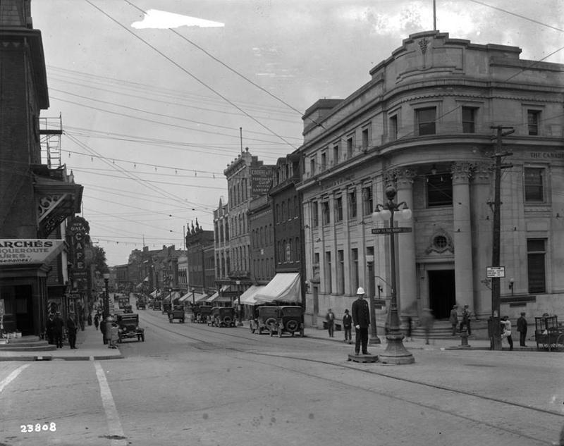 Rue Wellington vers 1935-1940.
