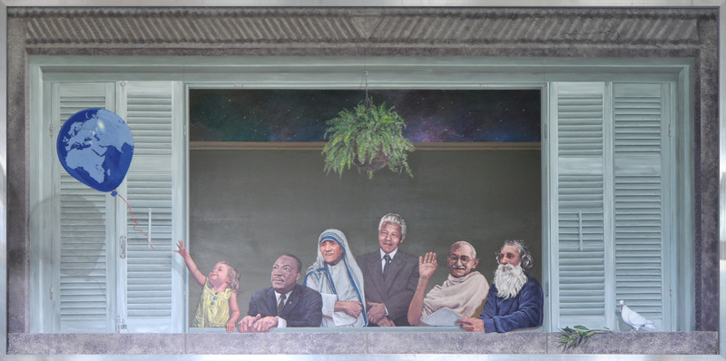 <p>Titre: Humanit&eacute;<br />Artiste: MURIRS<br /><br />Cette murale repr&eacute;sente une fen&ecirc;tre ouverte sur le monde. Elle illustre certains personnages qui ont consacr&eacute; leur vie au nom de la charit&eacute;, de la justice et de l&rsquo;&eacute;galit&eacute;, comme Martin Luther King, M&egrave;re Theresa, Mandela et Mahatma Gandhi.<br /><br />MURIRS est un organisme &agrave; but non lucratif ayant pour mission de promouvoir la valorisation du milieu en produisant des &oelig;uvres murales et en favorisant le rapprochement social.&nbsp;</p>