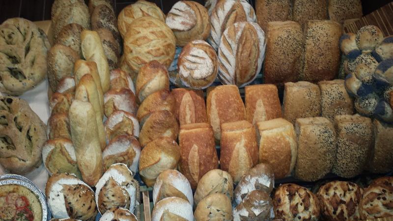 <p>Les pains de la Mie Bretonne</p>
