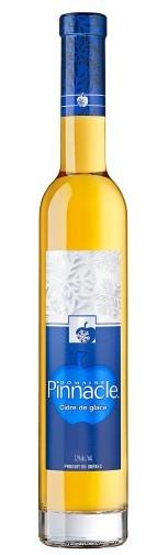 <p>Cidre de glace<br /><br />Un cidre de glace opulent, intense et d&rsquo;une grande complexit&eacute; qui &eacute;voque les vins de glace ou les Sauternes fins. Dot&eacute; d&rsquo;un &eacute;quilibre exquis entre le sucre et l&rsquo;acidit&eacute;, ce qui l&rsquo;emp&ecirc;che d&rsquo;&ecirc;tre trop sucr&eacute; et lui donne une finale propre.</p>
