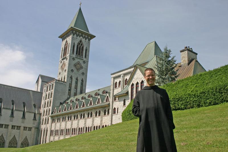 <p>Abbaye Saint-Beno&icirc;t-du-Lac<br />1, rue Principale<br />Saint-Beno&icirc;t-du-Lac, QC<br />J0B 2M0<br />819 843-4336<br /><a href='http://www.st-benoit-du-lac.com'>www.st-benoit-du-lac.com</a></p>
