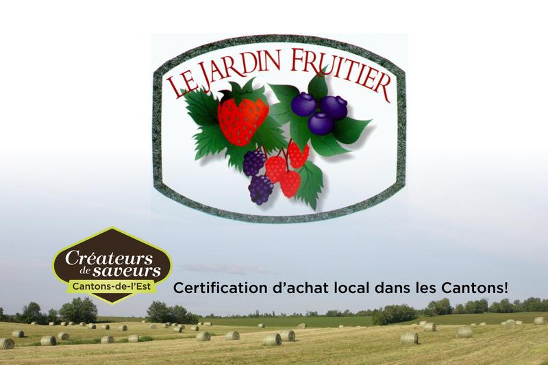 <p>Situ&eacute;s sur un site enchanteur, nous produisons de fa&ccedil;on artisanale des petits fruits, et ce, depuis 1989.</p>