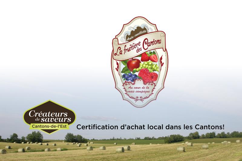 La Fruitière des Cantons offre à sa clientèle des fraises, framboises, bleuets, raisins de table, cassis et pommes en autocueillette et au kiosque sur place.
