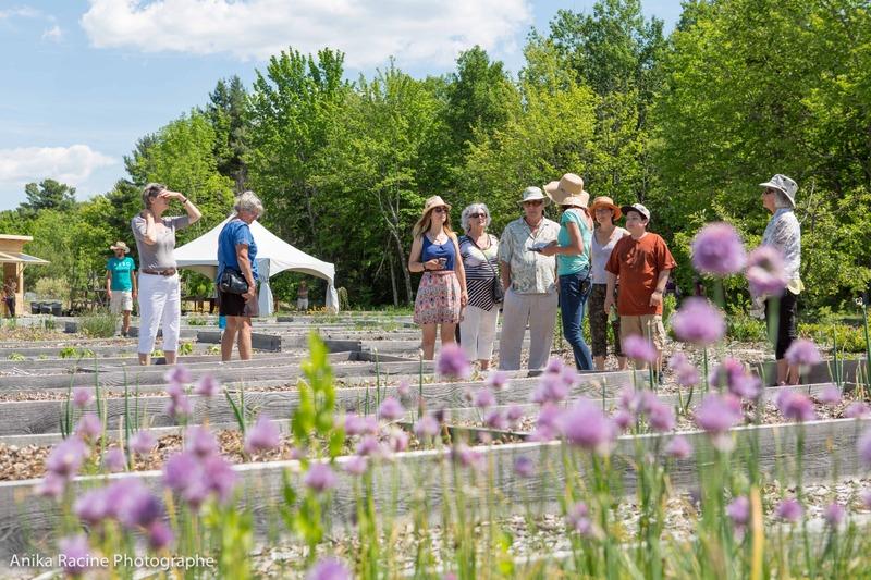 Herbes Orford offre des jardins écologiques en permaculture.