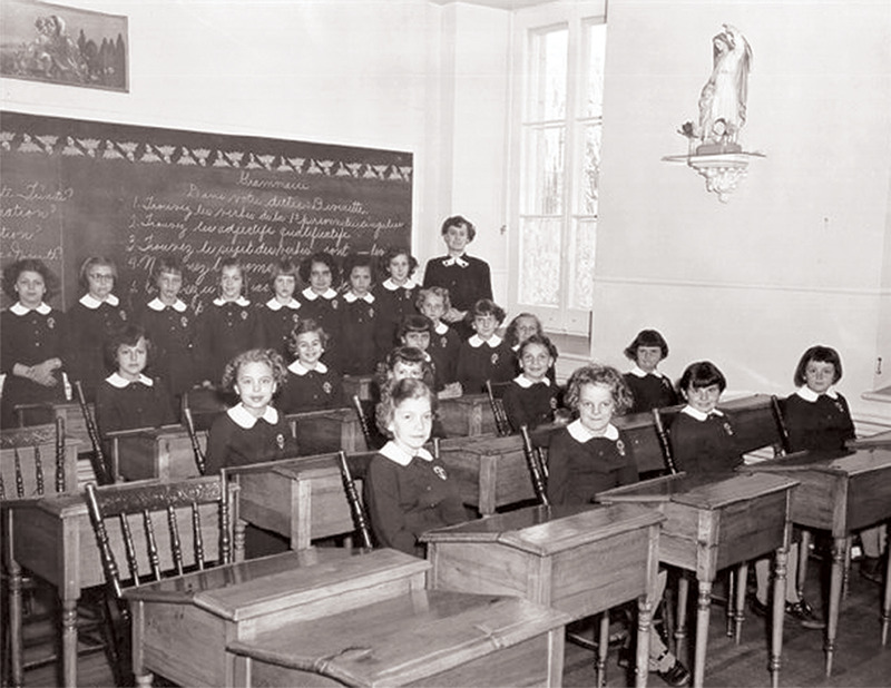 <p>Classe de Mlle Chaput en 1954.<br /><br />Collection:&nbsp;Archives de la Providence Montr&eacute;al</p>