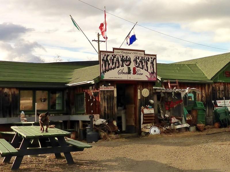 Le Keno Snack Bar est ouvert quasiment toute l&rsquo;ann&eacute;e depuis 1995, pour le plus grand plaisir des gens qui prennent la peine de venir visiter Keno.<br /><br />Photo : Snack Bar<br />Cr&eacute;dit photo : St&eacute;phanie Chevalier