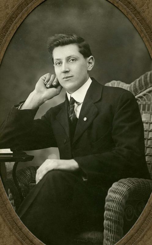 <p>Sylvio L&eacute;vesque, 1897-1984<br />(Archives famille Charles LeBel)</p>