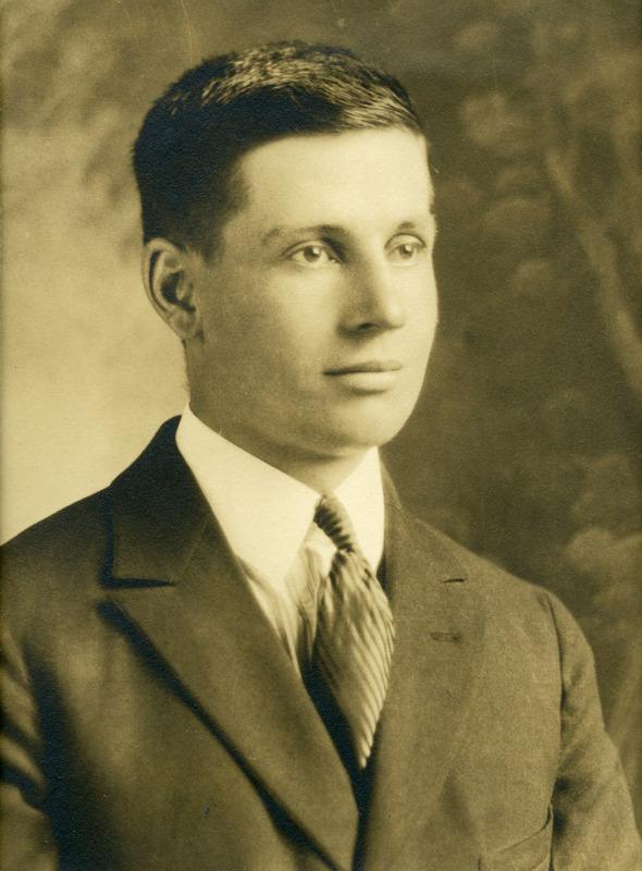 <p>Joseph L&eacute;vesque,1899-1981<br />(Archives famille Charles LeBel)</p>