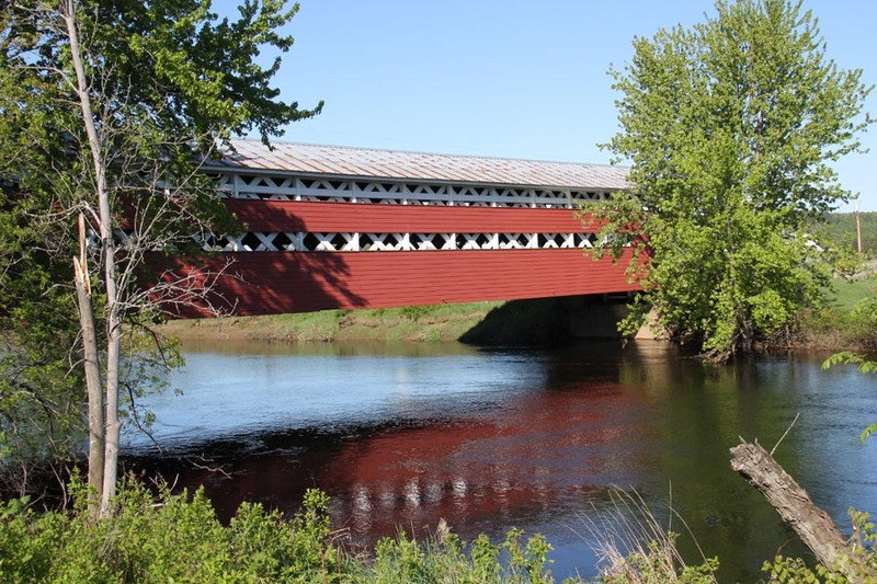 <p>Be sure to spend some time here, it&#39;s an ideal stopover for a break, a picnic or simply to enjoy the Rivi&egrave;re du Diable. You will also note some of the finest agricultural landscape in the region.</p>
