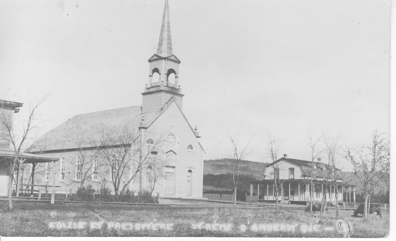 <p>In 1905-1906, a new church was designed by the architect Casimir St-Jean, who specialized in church architecture (source: Bergeron-Gagnon Inc., heritage inventory of the Laurentides RMC, 2013).</p>