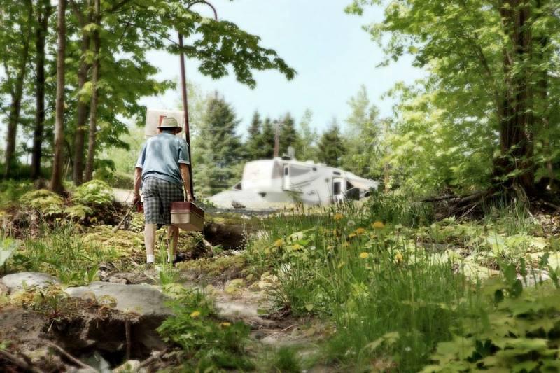 <p>Pour tous les amateurs de p&ecirc;che, le camping est un endroit paisible o&ugrave; vous pourrez profiter de votre loisir en toute qui&eacute;tude.<br /><br />Source: Page Facebook du Camping</p>