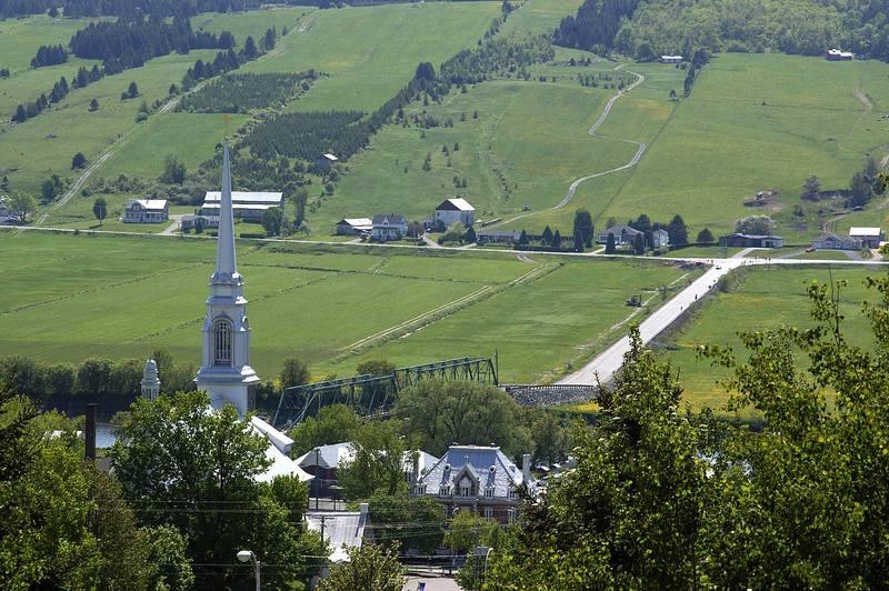 <p>La vue panoramique de Saint-Joseph-de-Beauce qu&#39;on aper&ccedil;oit depuis la halte routi&egrave;re.&nbsp;<br /><br />Source:&nbsp;Denis Larocque</p>