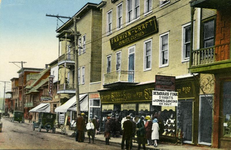 &Agrave; Thetford Mines, c&rsquo;est la rue Notre-Dame qui, pendant de nombreuses ann&eacute;es, constitue le c&oelig;ur de la ville.<br /><br />Source: CART - Fonds Jean-Charles Poulin