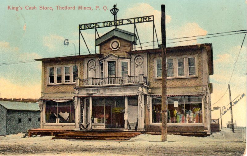 King Cash Store Building before 1918.<br /><br />Picture source: CART - Collection Centre d&#39;archives de la r&eacute;gion de Thetford