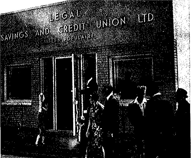 Le premier bâtiment de la caisse populaire en 1967.