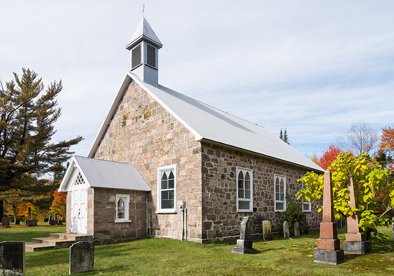 <p>St. Andrew&#39;s Presbyterian Church, erected in the early 1850s. (2016)</p>