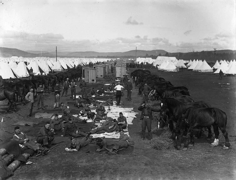 <p>Valcartier Camp. (circa 1916)&nbsp;Biblioth&egrave;que et Archives nationales du Qu&eacute;bec</p>