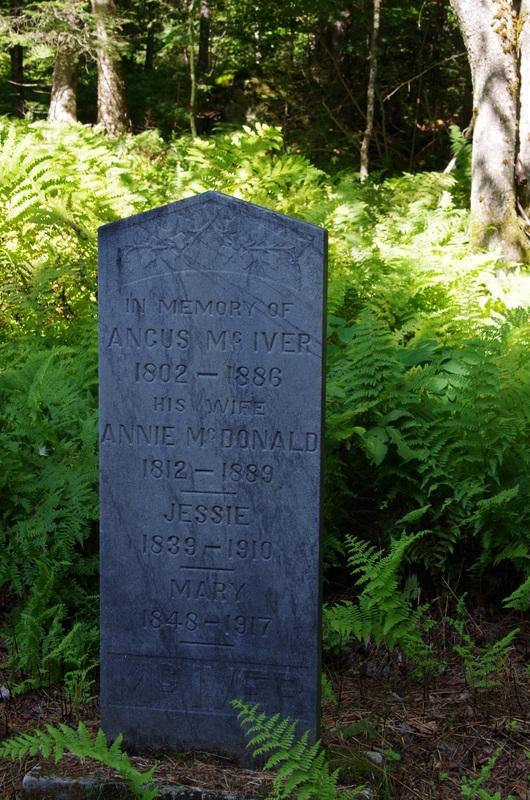 Angus MacIver (1802-1886)<br />Annie Macdonald (1812-1889)<br />Jessie (1839-1910)<br />Mary (1848-1917)<br />&nbsp;