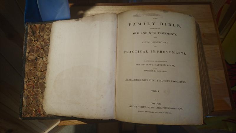 Bible utilisée le jour des funérailles de Donald Morrison.