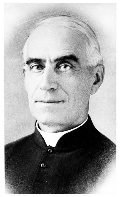Photographie du curé Georges-Élysée Panneton
