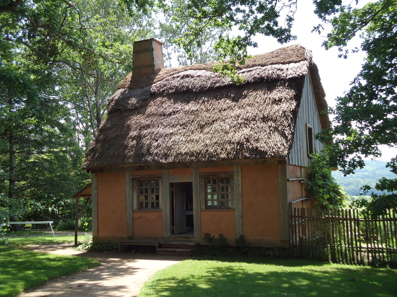 When the French settled in 1605 they survived thanks to their relationship with the Mi&#39;kmaq people, by fishing and by cultivating the land.<br /><br />Visit an authentic replica of an Acadian house built in 1671, as well as a garden designed according to original diary notes from the Acadian era.<br /><br />A beautiful walk to experience a historic perspective.