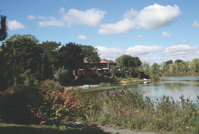 Le secteur de La Citière se caractérise par son architecture, par son lac et par la végétation particulière de ses berges.