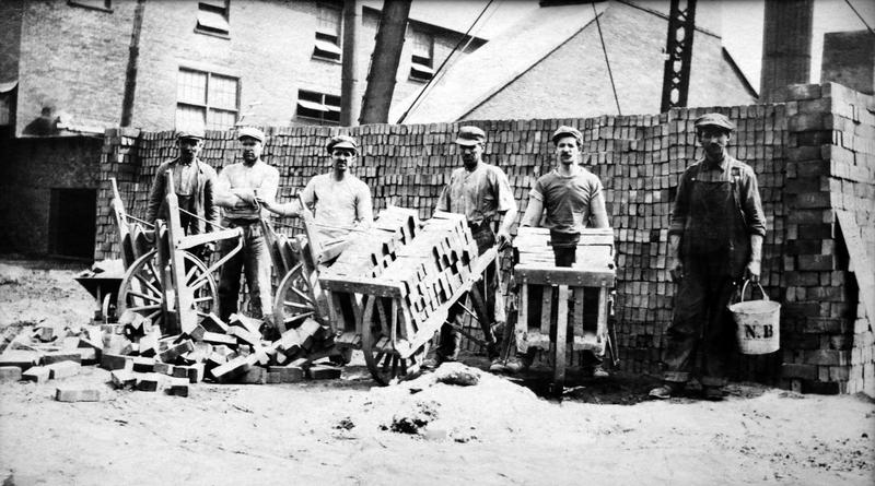Bien qu'elles aient employé des centaines d'ouvriers, les briqueteries n'ont pas généré beaucoup de richesse à La Prairie.
