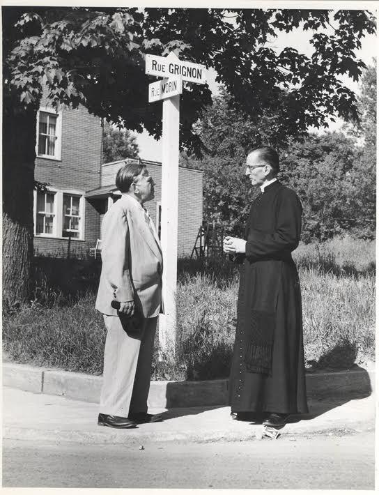 Claude-Henri Grignon and J. Ars&egrave;ne Aubin, Parish Priest, Before 1955<br />Soci&eacute;t&eacute; d&rsquo;histoire de la Rivi&egrave;re-du-Nord<br />Fonds Claude-Henri Grignon