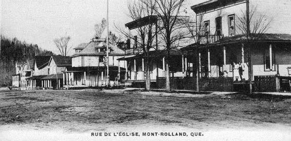 Saint-Jean Street in 1930.