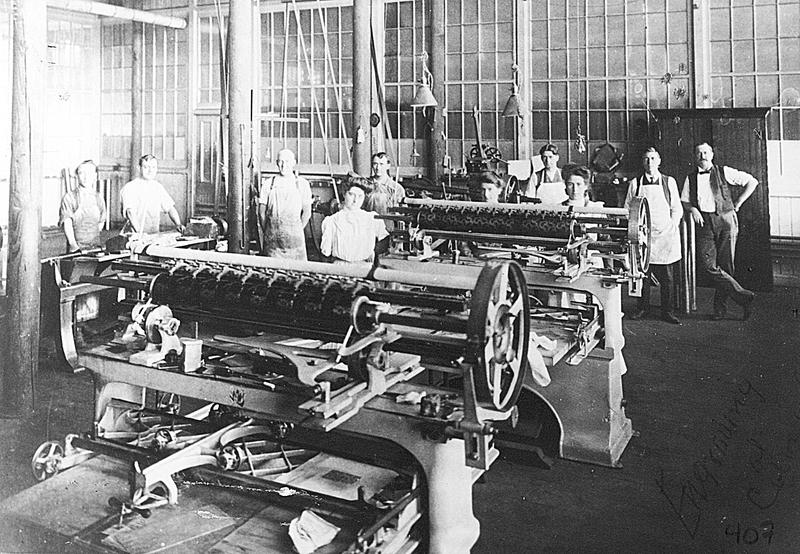 Exemple de pièce de métier à tisser qui se construisait à l'époque.