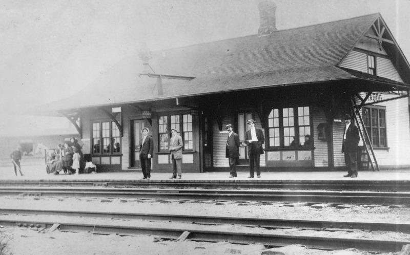 La gare de Magog au début des années 1900.