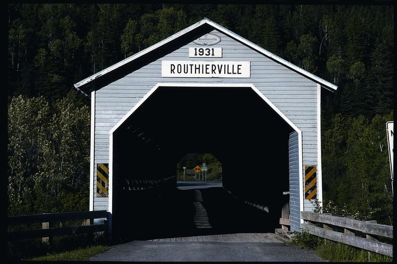 <p>Chemin du rang A, Routhierville.<br /><br />Peut-&ecirc;tre verrez-vous des p&ecirc;cheurs en action?</p>