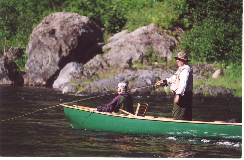 <p>Votre visite &agrave; la Maison Glen Emma se fait de fa&ccedil;on libre. Il n&rsquo;y a pas de service de guide interpr&egrave;te. Vous pouvez observer les lieux et imaginer la qui&eacute;tude qui s&rsquo;empare d&rsquo;un p&ecirc;cheur &agrave; saumon, qui&eacute;tude qui pourrait &ecirc;tre v&ocirc;tre!</p>