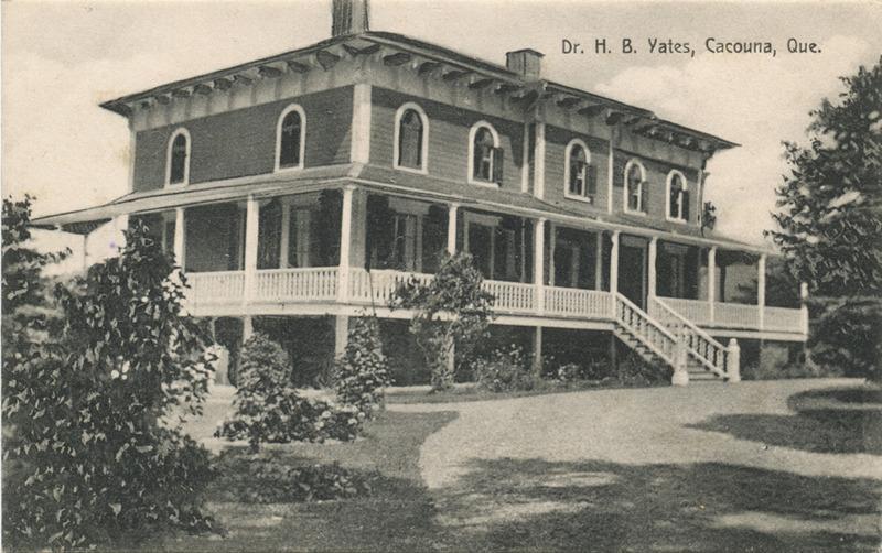 <p>La villa Gaywood.<br /><br />En 1899, la villa passa aux mains de la famille du docteur Brydges Yates, de Montr&eacute;al, qui la rebaptisa Gaywood et l&rsquo;occupa pendant cinquante &eacute;t&eacute;s.<br /><br />Source photo:<br />Coll. Yves Lebel</p>