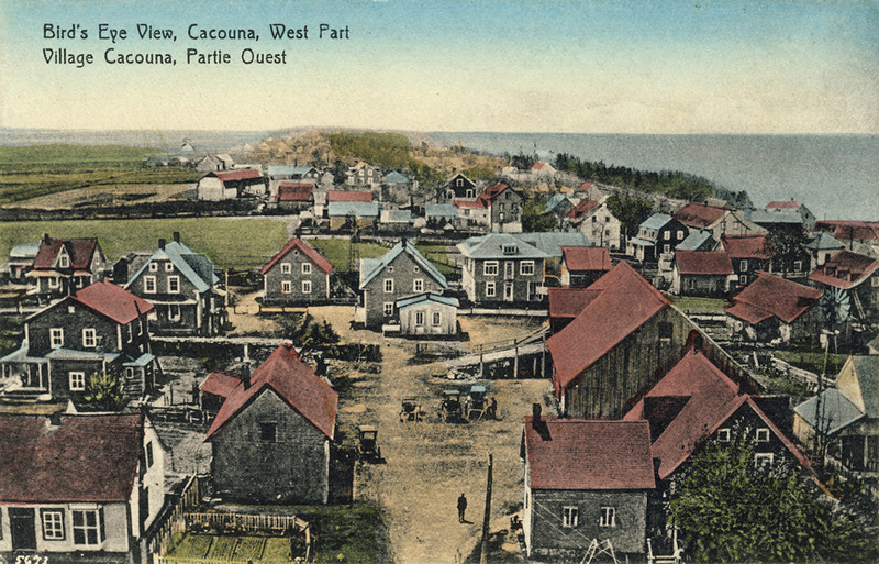 <p>The west side of Cacouna village, around 1925.<br /><br />In 1898, Elie Hudon, dit Beaulieu purchased the house, where his descendants continued to live and farm the land. Each of the three generations of Beaulieus that lived here produced a mayor for the village, and provided the church with excellent choristers.<br /><br />Photo source :<br />Postcard, &laquo;Rivard Series&raquo;, Normand Rivard Collection</p>