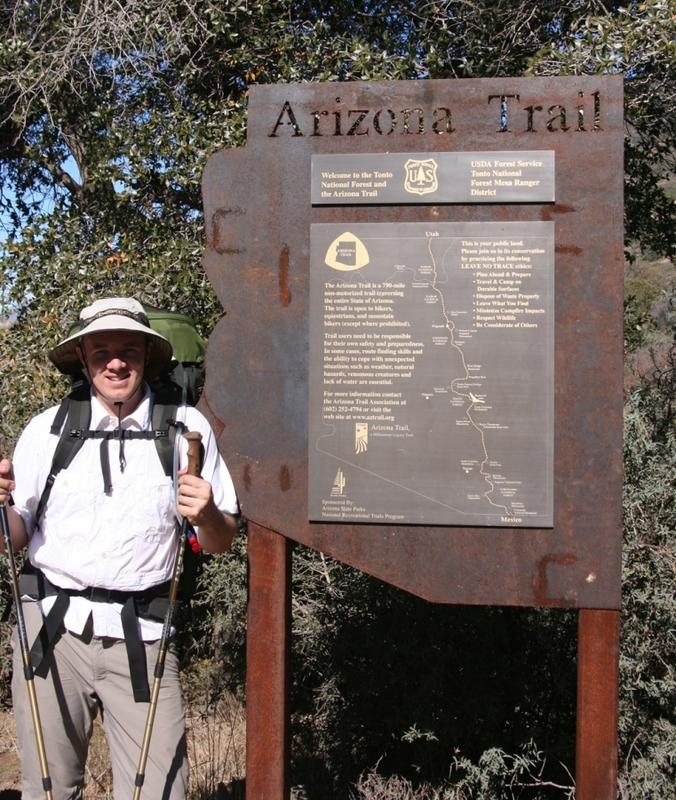 <p>Difficult&eacute;: 2.5 (interm&eacute;diaire)<br />Distance: 16 km<br />Dur&eacute;e: 4h<br />Saisons: printemps, &eacute;t&eacute;, automne<br /><br />L&#39;Arizona Trail est un projet ambitieux qui d&eacute;bute pr&egrave;s de l&#39;entr&eacute;e nord et qui est en parall&egrave;le avec l&#39;autoroute jusqu&#39;&agrave; ce qu&#39;il rejoigne le North Kaibab Trail.<br /><br />Photo: Lance and Erin</p>