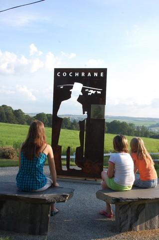 <p>Depuis 2010, une st&egrave;le en hommage &agrave; Matthew Henry Cochrane est install&eacute;e tout pr&egrave;s de la Beurrerie du Patrimoine.</p>