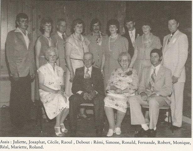 <p>La famille de Josaphat Veilleux est consid&eacute;r&eacute;e comme l&rsquo;une des plus anciennes familles de Kingscroft. Cependant, deux branches de Veilleux se sont &eacute;tablies &agrave; Kingscroft, et ils ne sont pas tous parents.La seconde famille Veilleux est arriv&eacute;e &agrave; Kingscroft au milieu des ann&eacute;es 1940.</p>