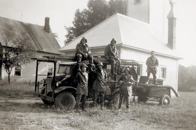 <p>Cette caserne d&#39;incendie servit jusqu&#39;en 1952. Les pompiers volontaires desservaient la communaut&eacute; jusqu&rsquo;aux environs de 1980.</p>