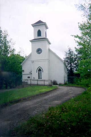 <p>L&#39;&eacute;glise Thomas Marquey est le quatri&egrave;me clocher de Dixville. Elle est de religion baptiste.</p>