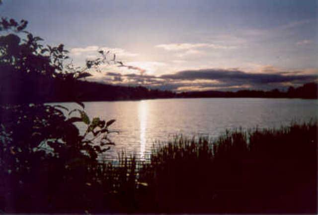 <p>Le deuxi&egrave;me lac de Saint-Herm&eacute;n&eacute;gilde, le lac Lipp&eacute;, fut nomm&eacute; ainsi en l&#39;honneur de l&#39;arpenteur A. W. Lipp&eacute;.</p>