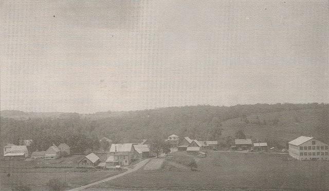 <p>Dou&eacute; d&#39;un remarquable sens des affaires, Daniel Way a rapidement fait l&#39;acquisition des terrains qui lui ont permis ainsi qu&rsquo;aux membres de sa famille de participer activement &agrave; l&#39;essor &eacute;conomique de Way&#39;s Mills.</p>